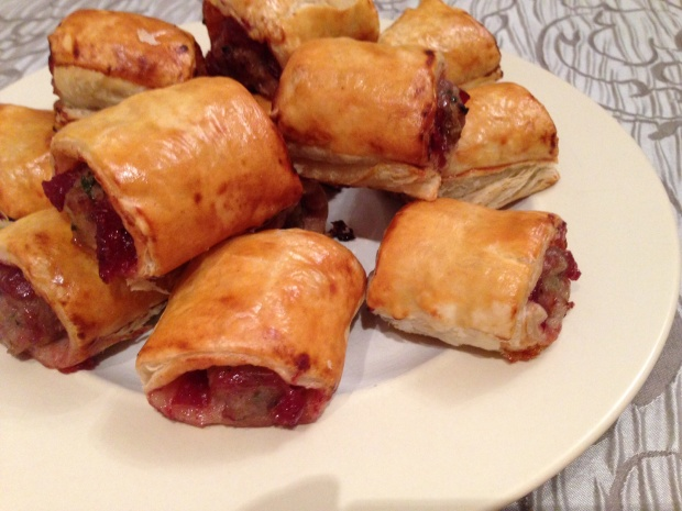 Cranberry sausage rolls 1