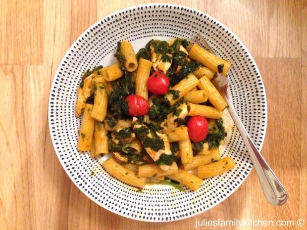 Chicken chilli pesto pasta