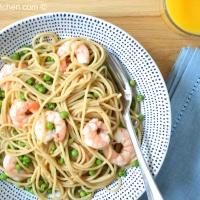 Spelt Spaghetti with Petit Pois and Prawns