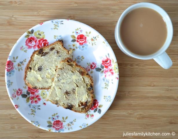 Apple and Sultana Sweet Soda Bread